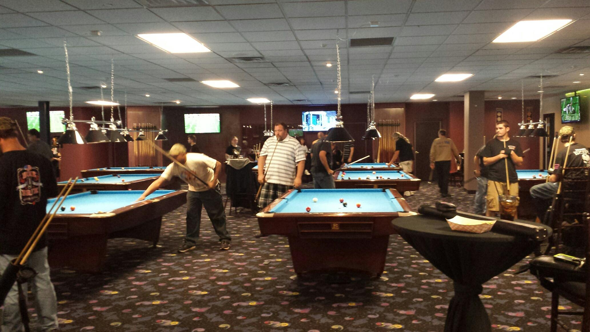 Flix Sports Bar Offers 10 Professional Size Pool Tables For Your Enjoyment.  We Are Also American Poolplayers Association (APA) Affiliated.